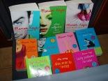 Aclaro que estos no son mis libros, no tengo tantos. Es foto de internet.