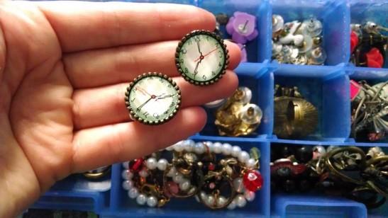 Este par me lo regaló mi amiga Paula para una Navidad y parecen relojes reales.